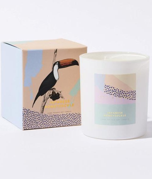 CELIA-LOVES-JAPANESE-HONEYSUCKLE-CANDLE