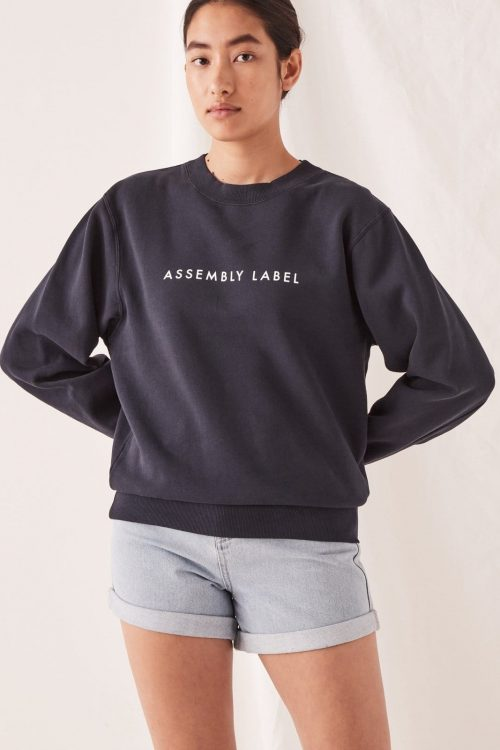 ASSEMBLY-LABEL-LOGO-FLEECE-TRUE-NAVY